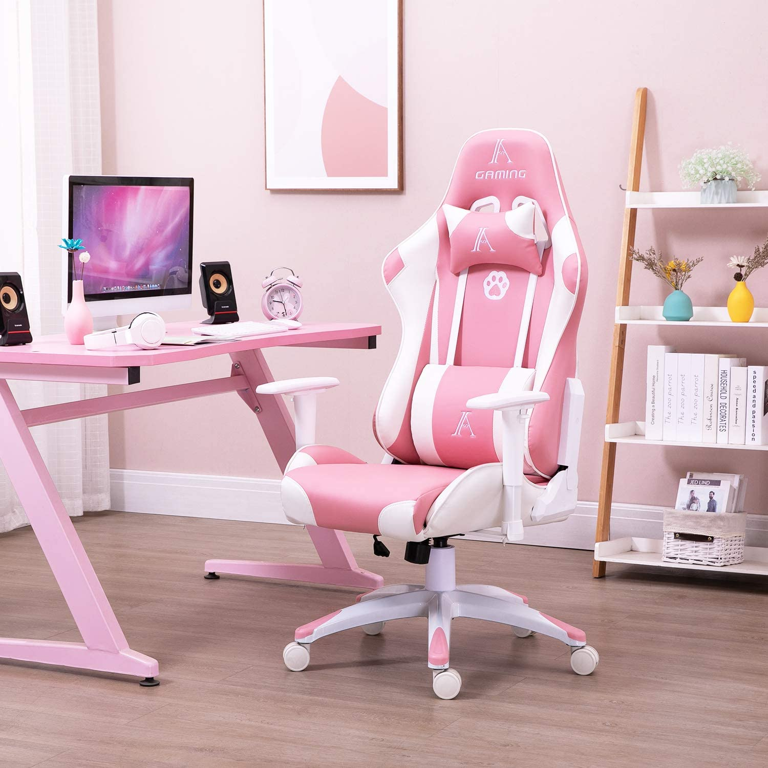 Read more about the article Pink Gaming Decor
